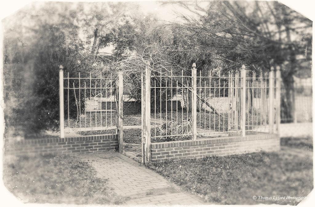 Katrina pool gates